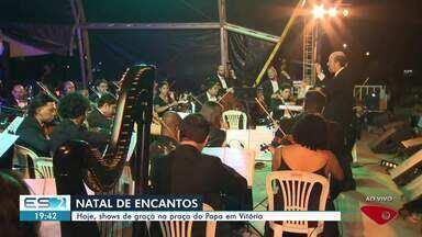 'Natal de Encantos' leva corais e Vanessa da Mata para a Praça do Papa, em Vitória - Apresentações são gratuitas.