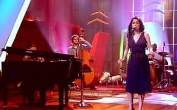 Condição - Marina de la Riva - Marina de la Riva interpreta a canção de Lulu Santos no Som Brasil.
