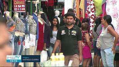 Movimentação nas feiras das cidades do Agreste é intensa no fim de semana - Multidão movimentou economia nas cidades.