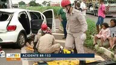 Três pessoas da mesma família ficaram feridas em acidente de trânsito na BR-153 - Três pessoas da mesma família ficaram feridas em acidente de trânsito na BR-153
