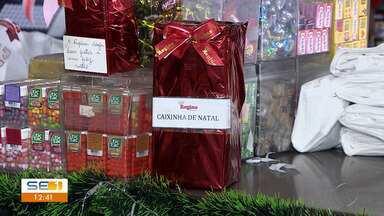 Caixinha é tradição no período natalino - Caixinha é tradição no período natalino.