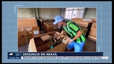 Deputado denuncia equipamentos parados na Santa Casa de Araxá - Cleitinho Azevedo (PPS) fez um vídeo no local. Ele alegou que pacientes tiveram que ser atendidos em outras cidades por conta do material estar em caixas desde 2016.
