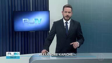 Veja a íntegra do RJ2 desta terça-feira, dia 17/12/2019 - Alexandre Kapiche traz as principais notícias da região dos Lagos e Serrana.