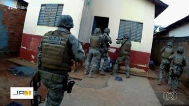 Polícia Civil deflagra Operação Derrocada e cumpre 11 mandados de prisão - Operação tem objetivo de desarticular associação criminosa como tráfico de drogas, roubo e receptação de veículos.