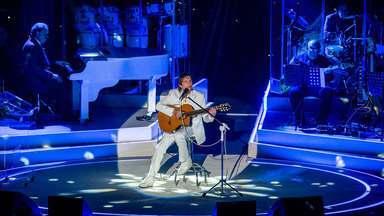 Roberto Carlos: Além do Horizonte - A Ópera de Arame, em Curitiba, foi o local escolhido para a gravação do especial, que reúne ainda mais dois shows e bastidores do Rei.