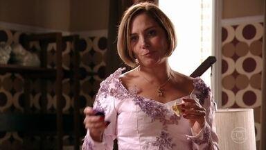 Monaliza se prepara para seu casamento - Silas também mostra que se preocupou com todos os detalhes