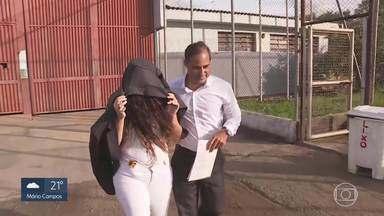 Justiça em BH concede liberdade a empresária conhecida como uma das 'Filhas do Bumbum' - Empresária e esteticista foram presas no último dia 6 por suspeita de usarem silicone industrial em procedimentos de aumento de glúteos.