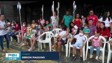 Papai Noel lega alegria a crianças em tratamento contra o câncer em Teresina - Papai Noel lega alegria a crianças em tratamento contra o câncer em Teresina