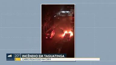 Carro pega fogo em Taguatinga Sul - As chamas destruíram completamente o carro, que estava estacionado. Outro veículo, que estava ao lado, também foi atingido. Ninguém ficou ferido.