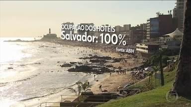 Nordeste está entre as principais escolhas dos turistas brasileiros neste réveillon - Segundo o Ministério do Turismo, dos dez primeiros destinos mais procurados, sete são do Nordeste. Em Salvador, a ocupação chega a 100%; no Recife, 96%; e em Fortaleza, 95%.