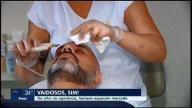 Preocupação dos homens com a aparência aquece o setor de beleza em Araxá - Na cidade, além de produtos de perfumaria, uma empresa trabalha com mais de 30 itens direcionados ao público masculino.