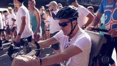 Homem que sofreu AVC e ficou sete meses internado termina maratona pela primeira vez - Leonardo tinha cinquenta anos quando perdeu a fala e o movimento dos braços e das pernas.