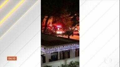 Sem teto é queimado enquanto dormia em São Paulo - É grave o estado de saúde do homem que foi queimado enquanto dormia na rua, na zona leste da capital. A suspeita é que ele foi vítima de uma ação criminosa.