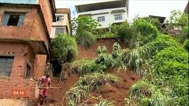 Fim de semana foi de chuva forte na Zona da Mata Mineira - Em Juiz de Fora, vários alagamentos e deslizamentos foram registrados. Muitos moradores de áreas de risco estão preocupados e com medo.