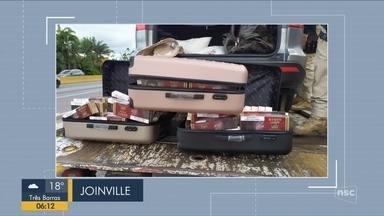 Giro de notícias: Polícia apreende maços de cigarros contrabandeados em Joinville - Giro de notícias: Polícia apreende maços de cigarros contrabandeados em Joinville