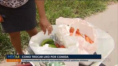 Programa troca lixo por comida em Curitiba - Programa atende famílias que recebem até 3,5 salários mínimos
