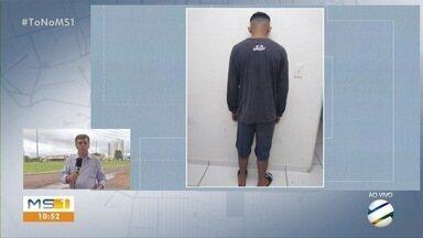 Homem é preso e adolescente apreendido por roubar casal em Campo Grande - Vítimas faziam caminhada quando foram alvos dos assaltantes.