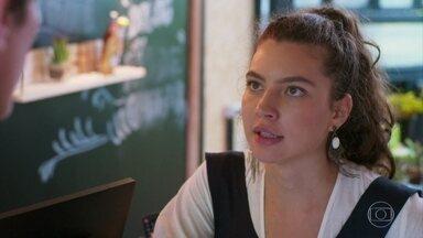 Rita defende Lígia para Rui - Ela afirma que não pretende jogar sujo contra a família adotiva de Nina