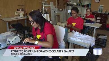 Confecções de uniformes escolares aumentam produção no início do ano - Confira a reportagem.
