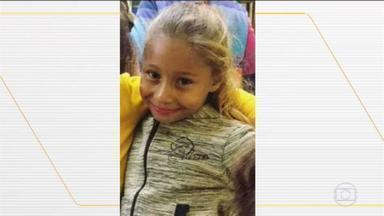 Polícia encontra corpo da menina Emanuelle, de 8 anos, desaparecida em Chavantes (SP) - Menina que estava sumida desde sexta (10) desapareceu enquanto brincava em uma praça, em Chavantes (SP). De acordo com a polícia, suspeito Agnaldo Guilherme Assunção, vizinho da família, confessou que matou Emanuelle e indicou onde havia deixado o corpo da menina.