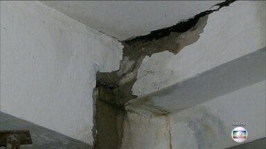 Bandidos fazem arrastão em prédio que estava interditado pela Defesa Civil - Condomínio de Osasco foi interditado em dezembro, porque o prédio apresentou rachaduras. O arrastão foi no domingo (12).