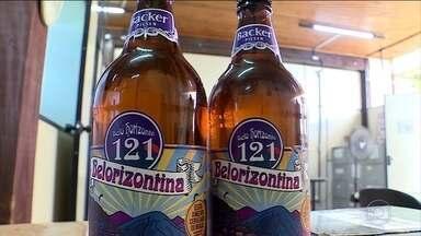 Perícia contratada pela Backer confirma substância tóxica em cerveja - Agente da Polícia Civil e do Ministério Público voltaram à fábrica para tentar descobrir como aconteceu a contaminação nas cervejas da marca Belorizontina.