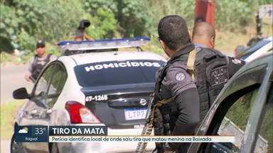 Perícia identifica local de onde saiu tiro que matou menina na Baixada - A menina Ana Carolina Neves, de 8 anos, foi morta na semana passada, no bairro Parque Esperança, em Belford Roxo.