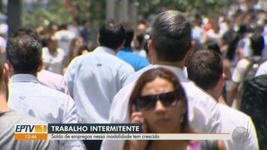 Cresce número de contratações para trabalho intermitente em SP - Mesmo sendo pouco conhecida, modalidade registra alta de 80%.