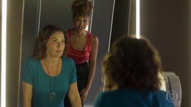 Gisele confessa plano a Nana e diz não estar ao lado de Diogo - A ex assistente mostra foto do mural da vingança do advogado para a executiva