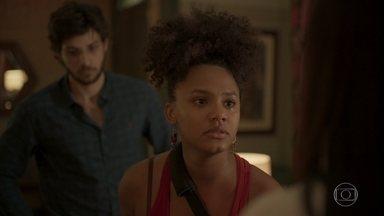 Camila confronta Thelma e avisa à sogra que seu filho crescerá longe dela - Jane aconselha Thelma a revelar para Danilo sobre o aneurisma