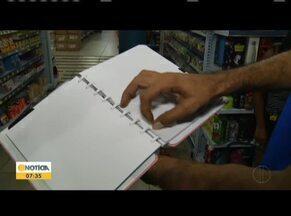 Volta as aulas movimenta comércio de papelarias em GV - Pesquisar em lojas diferentes é uma boa alternativa para economizar.
