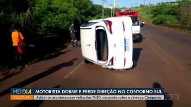 Motorista dorme e sofre acidente no Contorno Sul - Acidente aconteceu na manhã deste sábado.