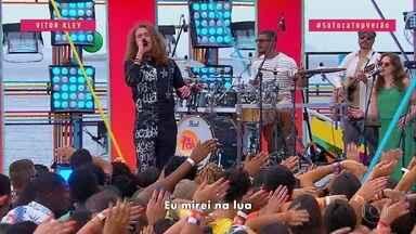 Vitor Kley coloca todo mundo pra pular no 'SóTocaTop' - A plateia se empolga com as músicas do cantor