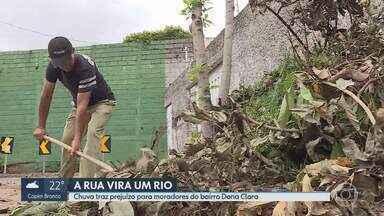 Moradores do Bairro Dona Clara reclamam que a rua vira um rio com a chuva forte - Só neste ano foram duas inundações em um prédio. O problema, segundo os moradores, é por causa da falta de drenagem da água da chuva.Tem vizinho que vai se mudar por causa dos riscos e do prejuízo.