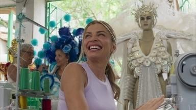 Paloma compra fantasia de carnaval - Silvana se encanta pela mesma fantasia de Paloma, que a confronta