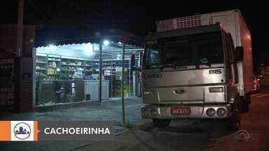 É enterrado o corpo de dono da fruteira baleado em assalto em Cachoeirinha - Crime aconteceu na noite de sábado (25).