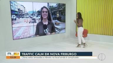 Obras para realização de Traffic Calming estão atrasadas em Nova Friburgo, no RJ - Situação do trânsito no local ainda é complicada.