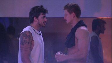 Guilherme declara após conversa com Gabi: 'Não vou tentar mais nada' - Brothers conversam