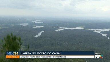 Limpeza no Morro do Canal - Grupo se reúne para recolher lixo da montanha, em Piraquara.