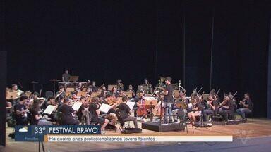 Festival Bravo profissionaliza jovens músicos em Santos - Jovens selecionados vão se apresentar no Teatro Municipal Brás Cubas.