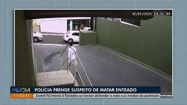 Após denúncia anônima, polícia prende suspeito de matar enteado a facadas em Ponta Grossa - Jovem morreu ao tentar defender do mãe e irmãos.