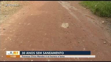 Moradores denunciam a falta de saneamento básico na passagem Chico Mendes, no Mangueirão - Moradores denunciam a falta de saneamento básico na passagem Chico Mendes, no Mangueirão