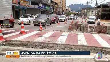 Prefeitura de Nova Friburgo, RJ, promete obras na Euterpe - Motoristas reclamam da situação dos carros ao passarem pela estrutura.