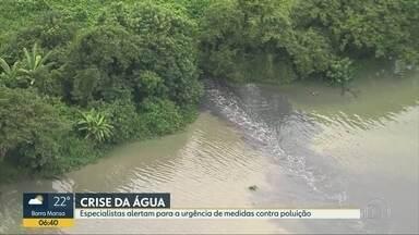 Especialistas alertam para medidas contra poluição no Guandu - Professor Adacto Otoni alerta para poluição e degradação da bacia hidrográfica. Especialista analisa o Sistema de Tratamento Guandu.