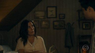 Carlos conta para Lola como foi a conversa com Inês - Lola dá razão a Inês e agradece ao filho por toda a preocupação com ela e com a família