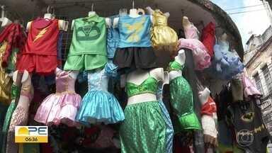 Centro do Recife oferece opções de fantasias infantis para o carnaval - Na hora da folia, pequenos adoram cores e personagens.