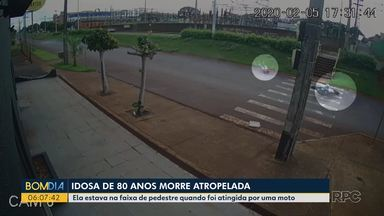 Idosa morre após ser atropelada - Ela estava na faixa de pedestre quando foi atingida por uma moto.