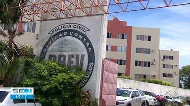 Quatro suspeitos de envolvimento no roubo de veículos de aplicativos são presos em Aracaju - Segundo delegado, grupo conta com a participação de menores.