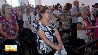 Igreja das Fronteiras relembra 111 anos do nascimento de Dom Helder Câmara - Celebração aconteceu no bairro da Boa Vista, no Recife.