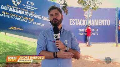 Athletico-PR treina em Brasília, no Estádio Defelê, casa do Real-DF - Flamengo e Athletico-PR já estão na capital para a disputa da Supercopa, domingo, no Mané Garrincha. Os times foram recebidos pela torcida nos hotéis.